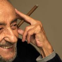 """Cinco poemas de Jorge Enrique Adoum, el """"bendecido"""" por Neruda"""